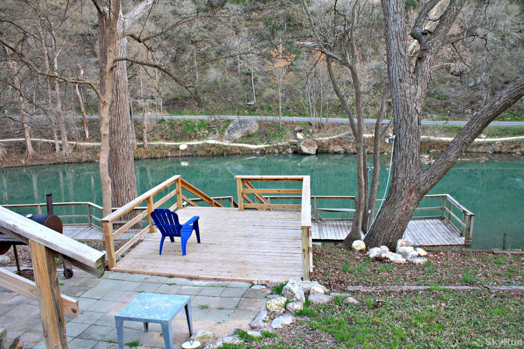 RIO VISTA ON THE GUADALUPE Enjoy the Sights and Sounds of the Guadalupe