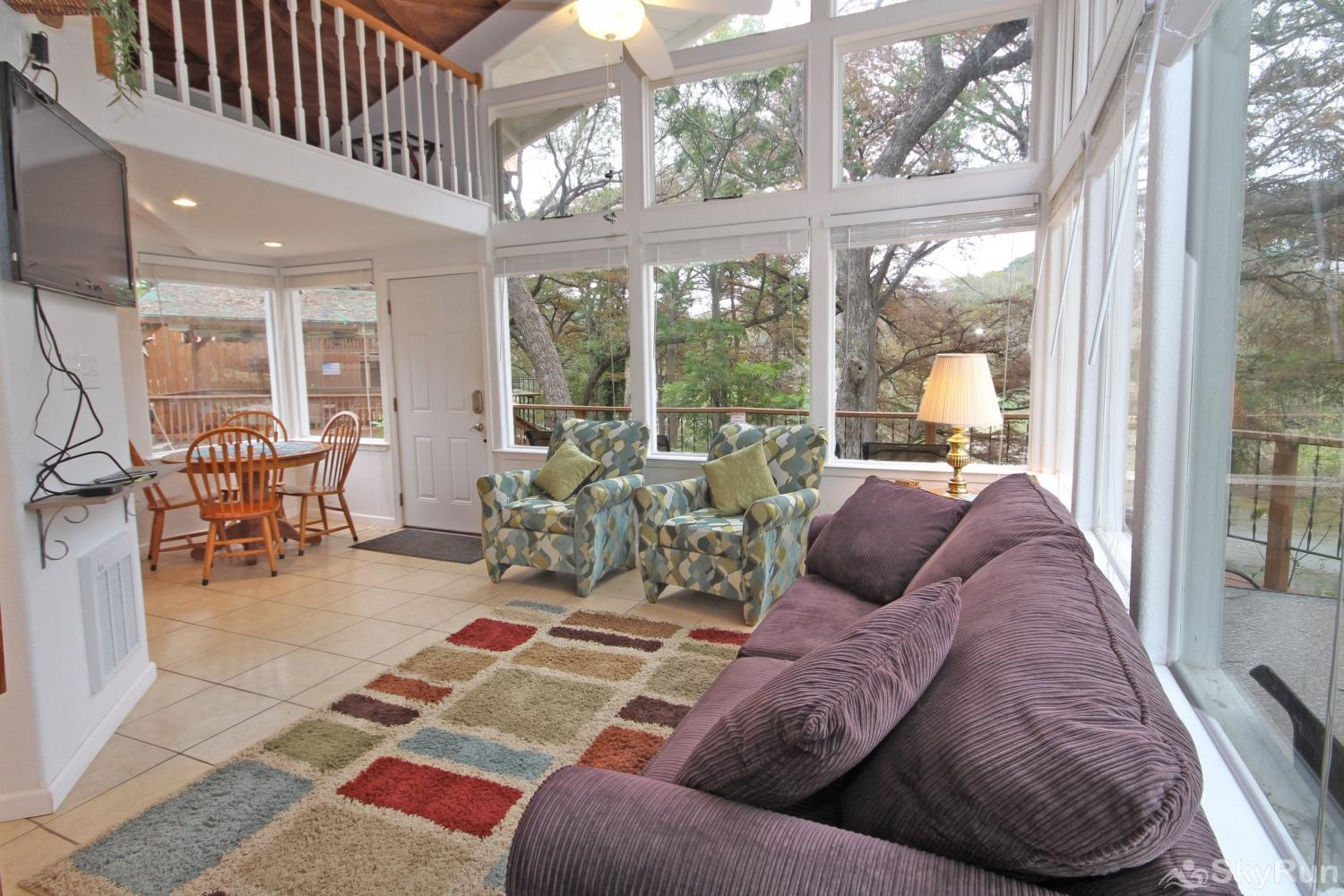 STAR OF TEXAS AND COTTAGE COMBO Cottage Living Area