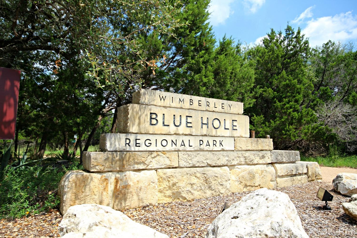 LITTLE ROCK 'N' WOOD Minutes From Blue Hole Park