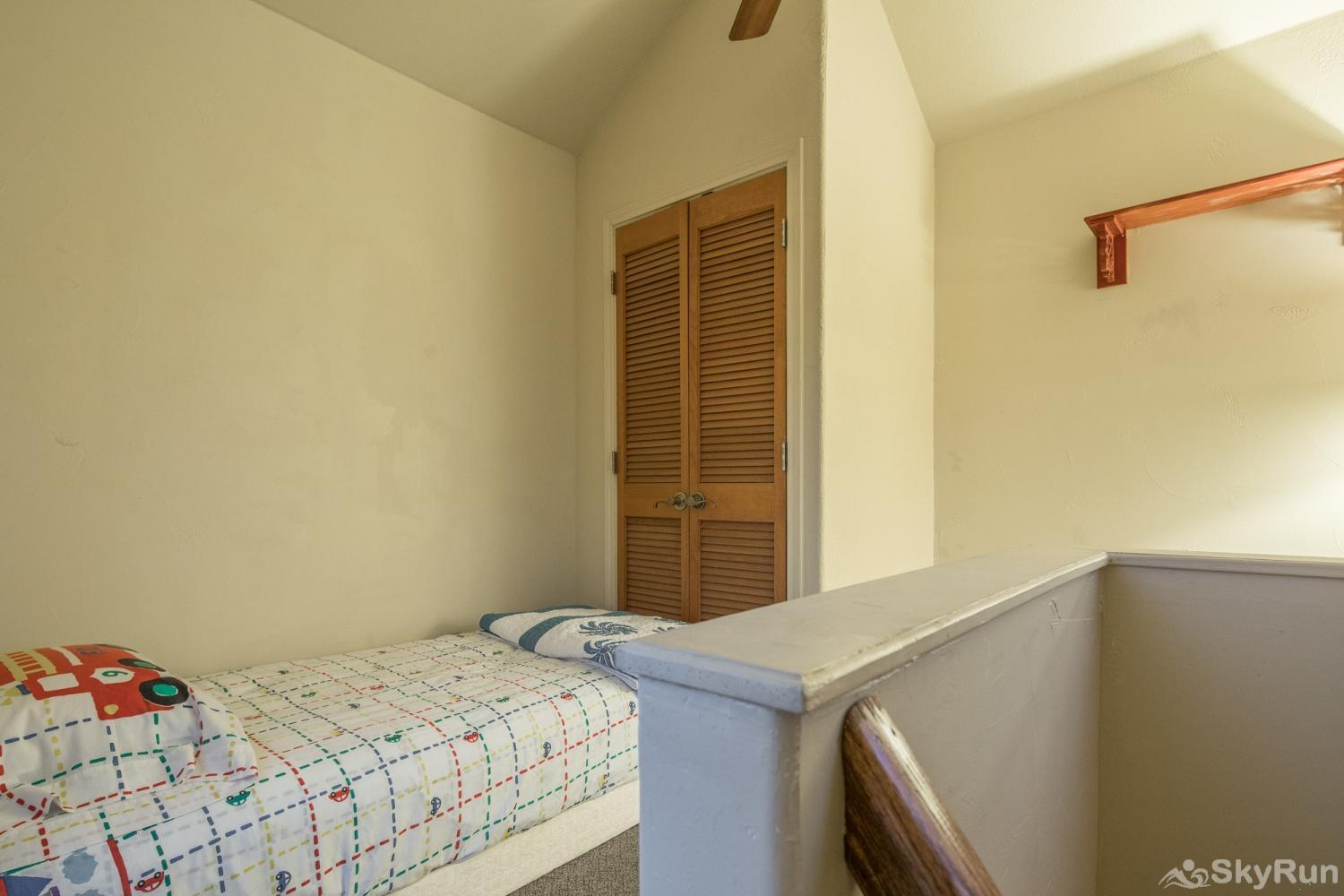 LITTLE ROCK 'N' WOOD Twin Bed in the Loft